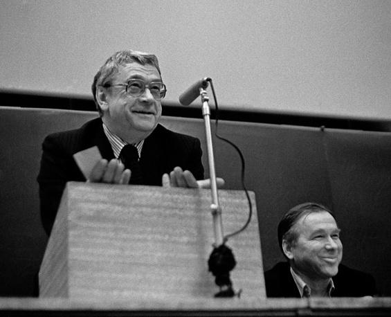 Егор Яковлев на журфаке,1988 год