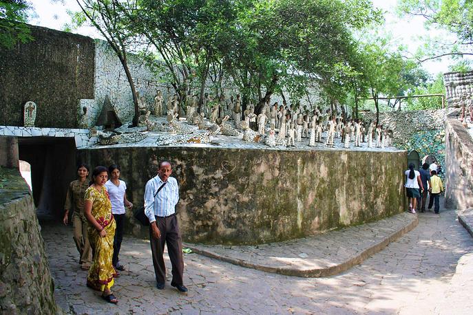 Из них 18 лет скульптор скрывал свою работу от посторонних глаз