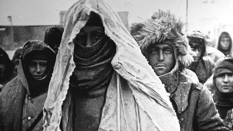 В колонне пленных немецкой армии