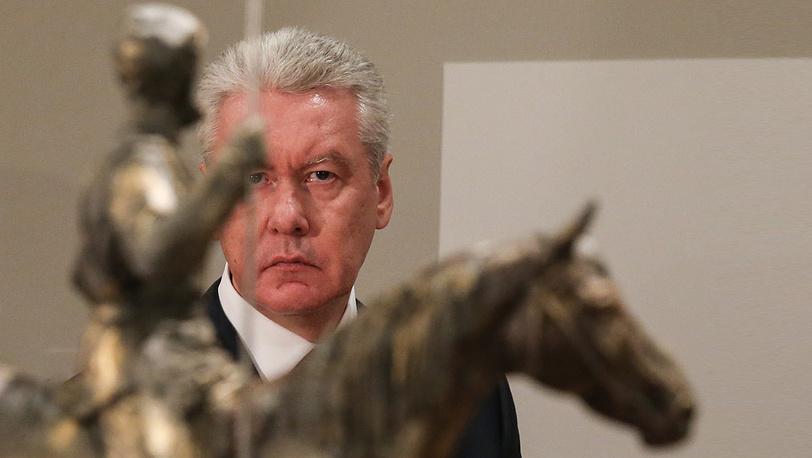 Временно исполняющий обязанности мэра Москвы Сергей Собянин на открытии выставки