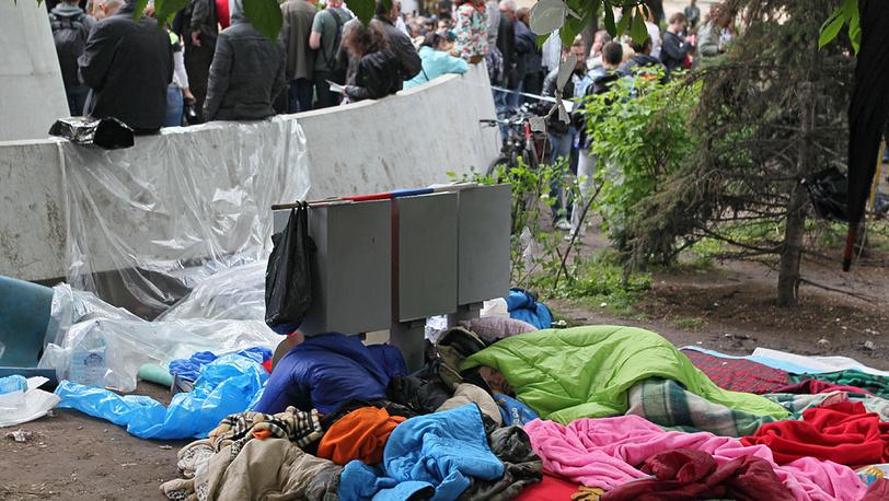 """10.05.2012 Утро в """"лагере"""" на Чистых прудах"""