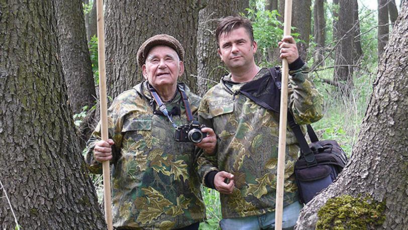 Василий Песков с внуком Дмитрием. Фото Комсомольская правда