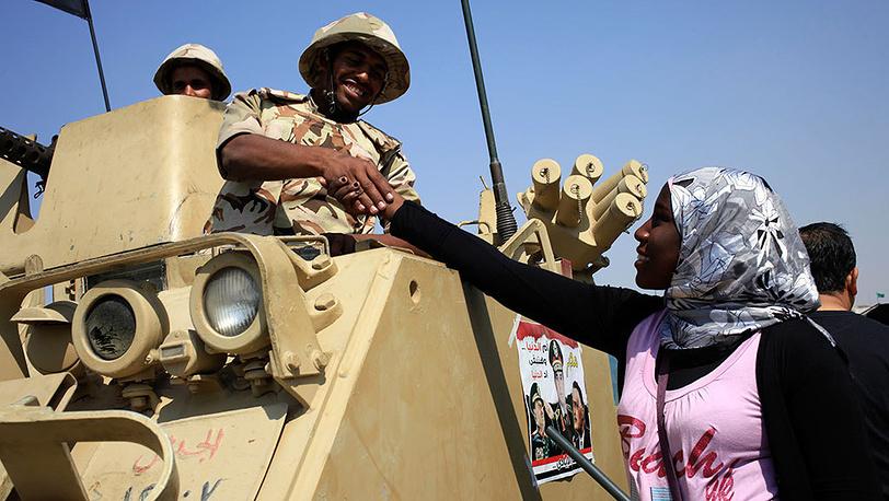 Митинг в Каире, приуроченный к 40-летию начала арабо-израильской войны. Фото AP Photo/Thomas Hartwell