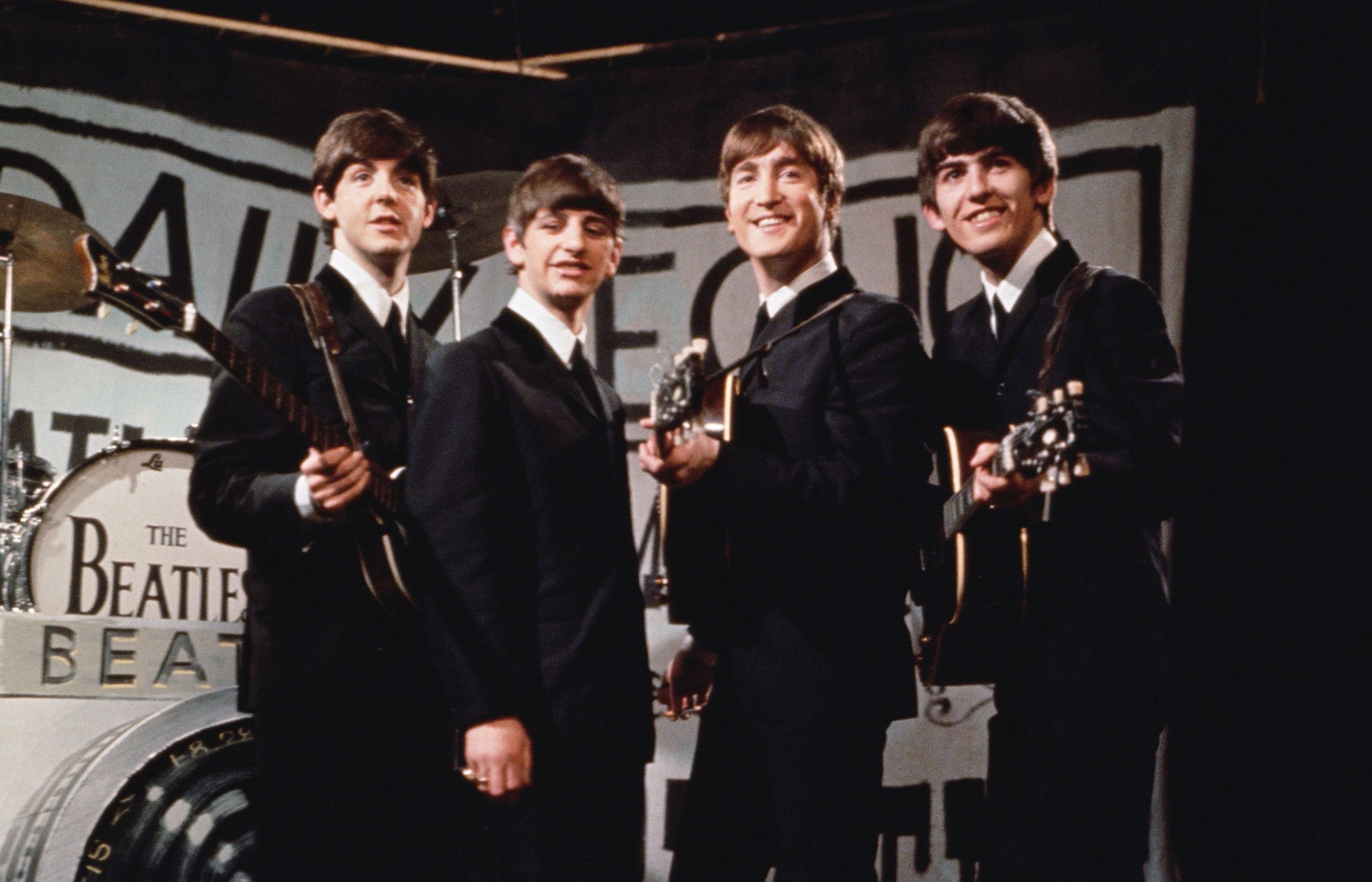Какую песню ненавидел Леннон и при чем тут бабушка Пола: что вы не знаете о The Beatles