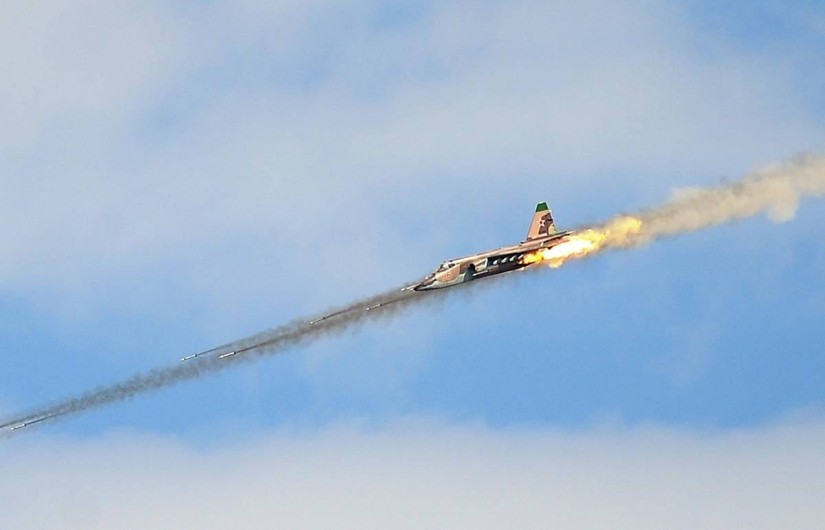 Самолеты ВКС РФ приступили к нанесению точечных ударов по позициям ИГ в Сирии