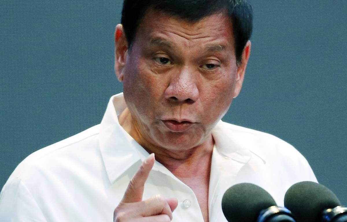 Президент Филиппин заявил о намерении иметь военный союз только с США