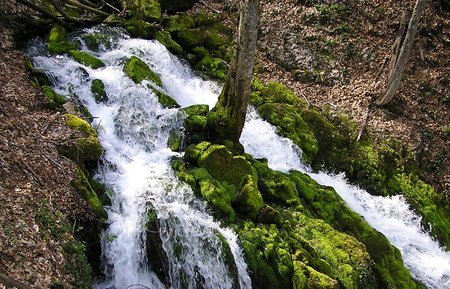 Ученые: Земля пополняет свои водные запасы из недр
