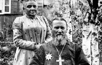 Иоанн Кронштадтский с женой