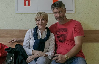 Мэр екатеринбурга Евгений Ройзман и Доктор Лиза