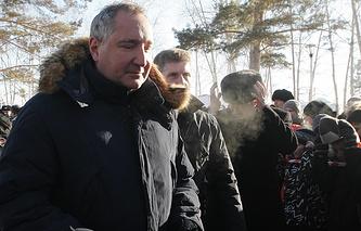 Вице-премьер РФ Дмитрий Рогозин во время посещения космодрома Восточный