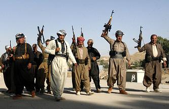 Бойцы курдских военизированных формирований