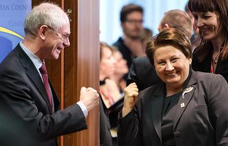 Председатель Европейского Совета Херман ван Ромпей и премьер-министр Латвии Лаймдота Страуюма