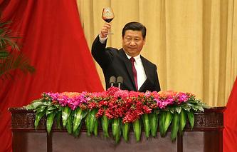 Си Цзиньпин на церемонии торжества в День 65-й годовщины образования КНР