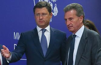 Министр энергетики РФ Александр Новак и еврокомиссар по вопросам энергетики Гюнтер Эттингер (слева направо)