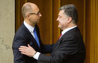 Арсений Яценюк и Петр Порошенко (слева направо)