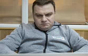 Александр Плющев