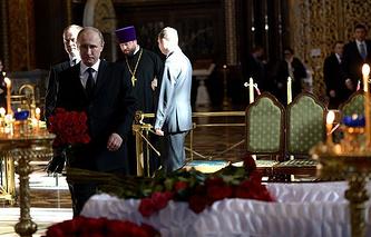 Владимир Путин на церемонии прощания с писателем Валентином Распутиным