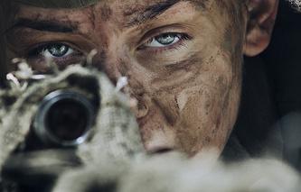 """Кадр из фильма """"Битва за Севастополь""""/""""Несокрушимая"""""""