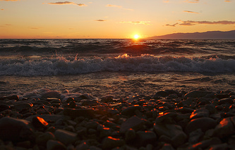 Баргузинский залив озера Байкал