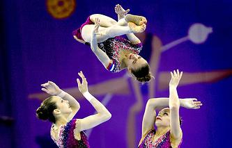Сборная России по спортивной акробатике во время соревнований на I Европейских играх в Баку