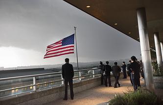 Вид с  балкона  Государственного департамента США