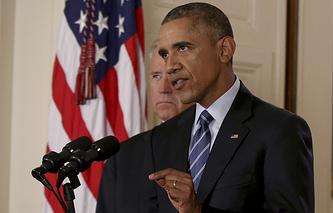 Барак Обама (на переднем плане) и Джо Байден