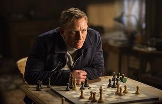 "Кадр из фильма ""007: Спектр"""