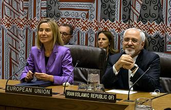 Верховный представитель ЕС по иностранным делам и политике безопасности Федерика Могерини и министр иностранных дел Ирана Мохаммад Джавад Зариф