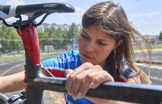 Анна Бычкова занялась паратриатлоном только в 26 лет но смогла пробиться на Паралимпиаду-2016