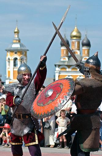 """""""Средневековые битвы"""" на историческом фестивале в Муроме"""