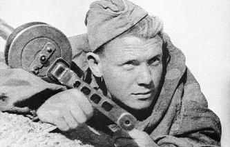 Разведчик, 1942 год
