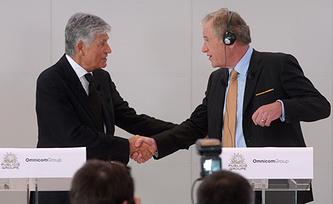 Морис Леви и Джон Рен. Фото EPA/ИТАР-ТАСС