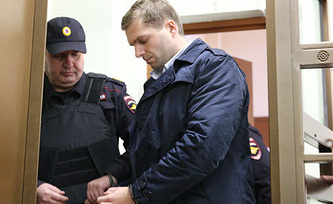Илья Юхман /справа/. Фото ИТАР-ТАСС/ Михаил Почуев