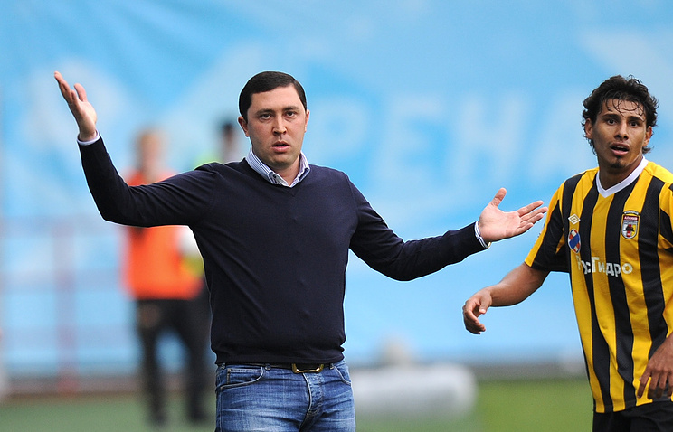 Владимир Газзаев слева