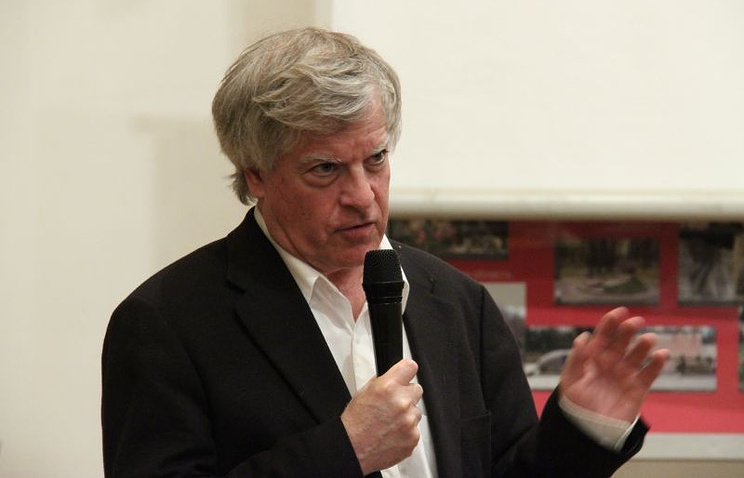 Американский журналист Дэвид Сэттер