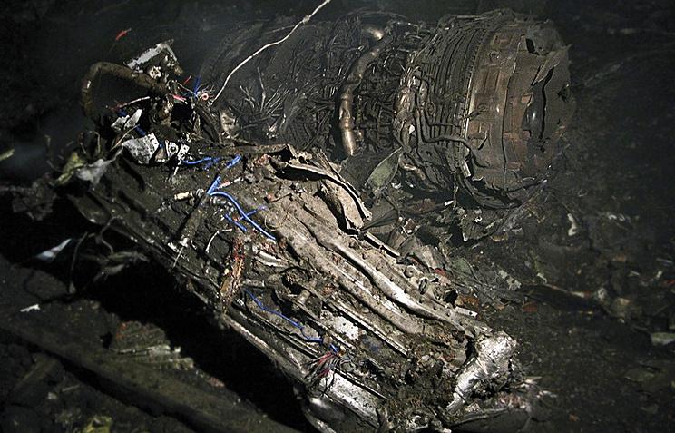 На месте крушения пассажирского самолета Боинг-737 в Перми 14 сентября 2008 года