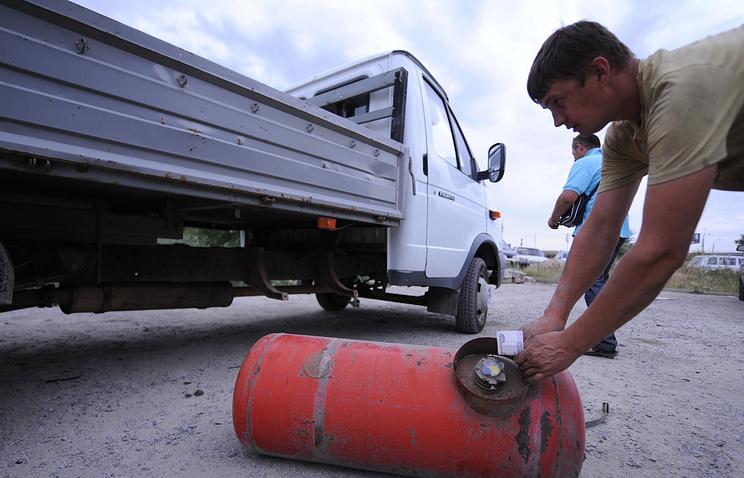 Установка газового баллона на автомобиль в гаражном автосервисе