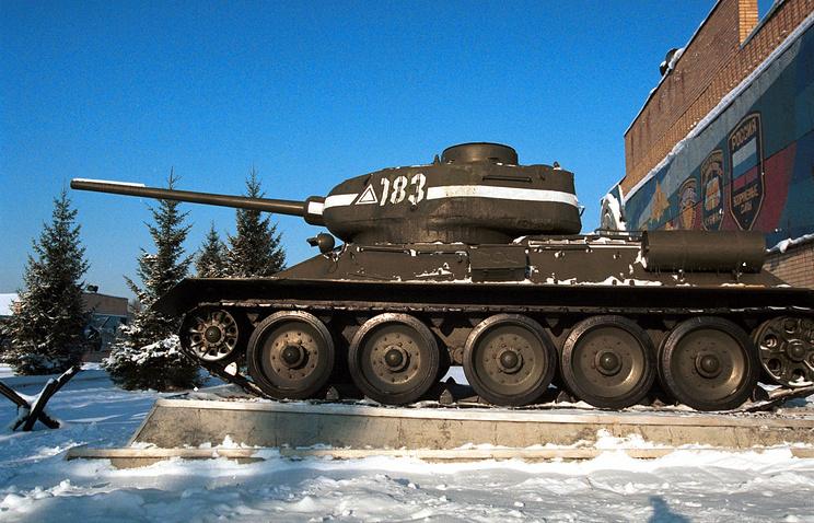 Средний советский танк Т-34-85