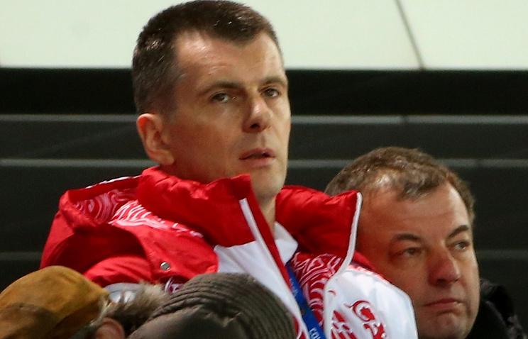 Михаил Прохоров (слева)
