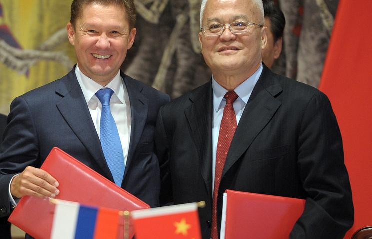 """Председатель правления """"Газпрома"""" Алексей Миллер и глава Китайской национальной нефтегазовой корпорации (CNPC) Чжоу Цзипин"""