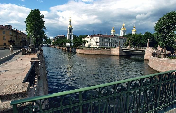 Вид на Никольский собор с Крюкова канала