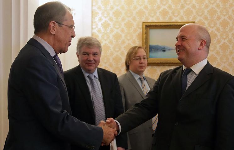 Министр иностранных дел России Сергей Лавров и комиссар Совета Европы по правам человека Нилс Муйжниекс