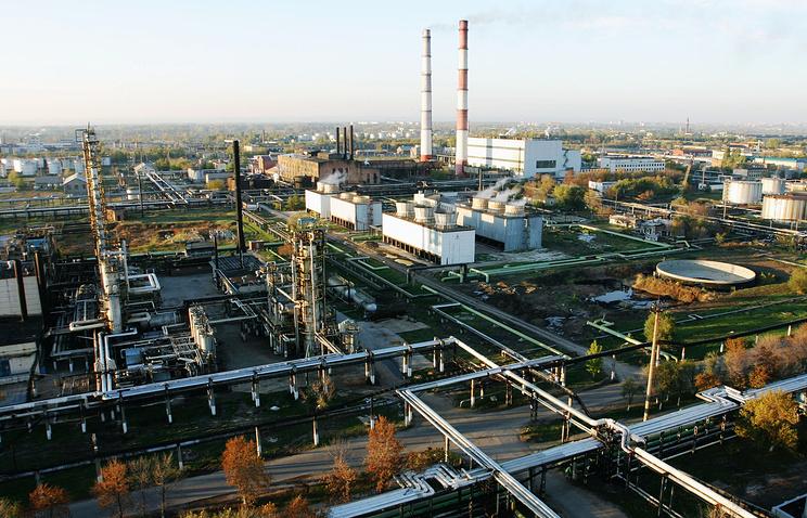 Общий вид Куйбышевского НПЗ