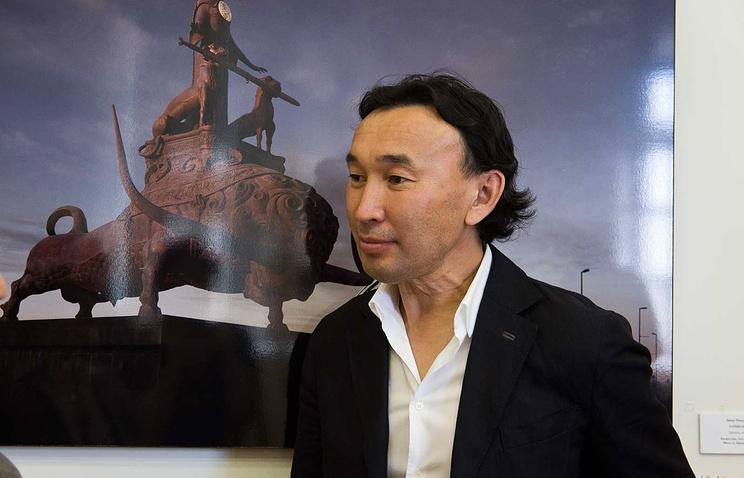 Скульптор Даши Намдаков. Архив