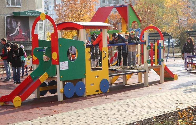 Детская площадка европейского типа в Челябинске