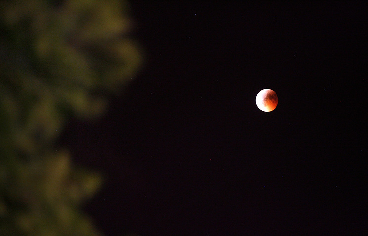 Лунное затмение. Архив