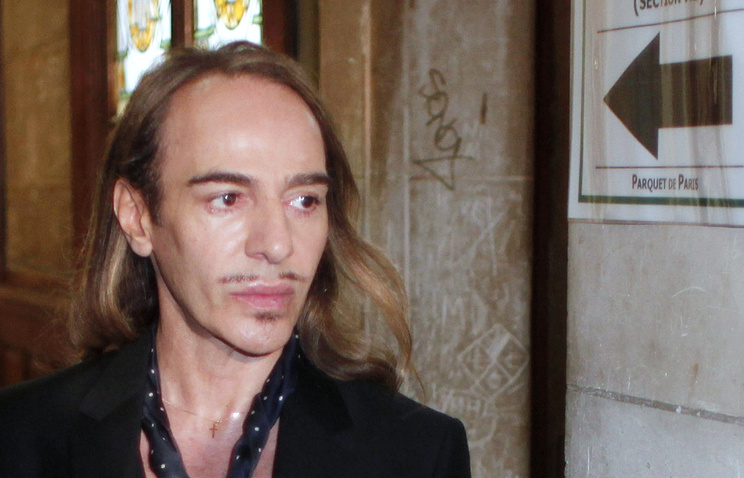 Джон Гальяно
