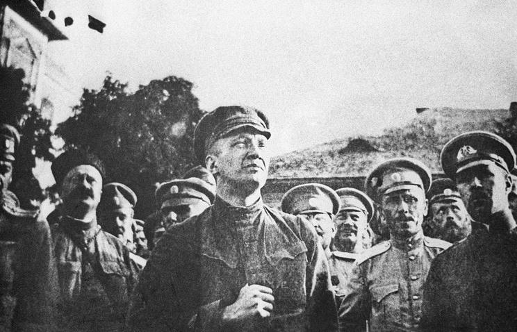 Александр Керенский на митинге, 1917 год
