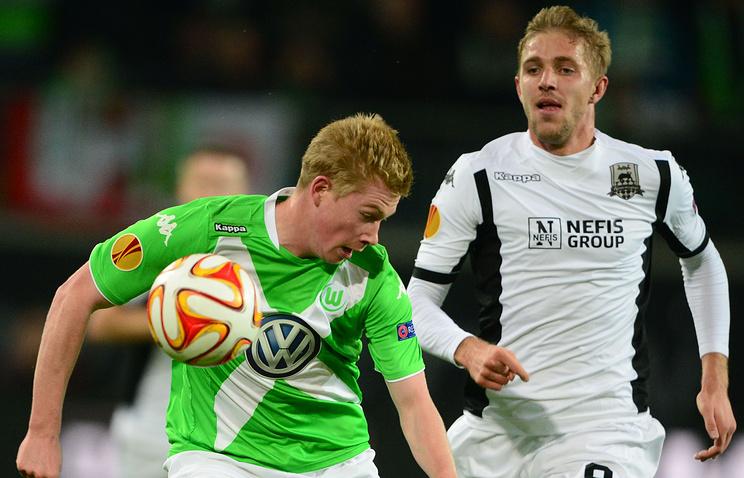 Юрий Газинский (справа) во время матча Лиги Европы