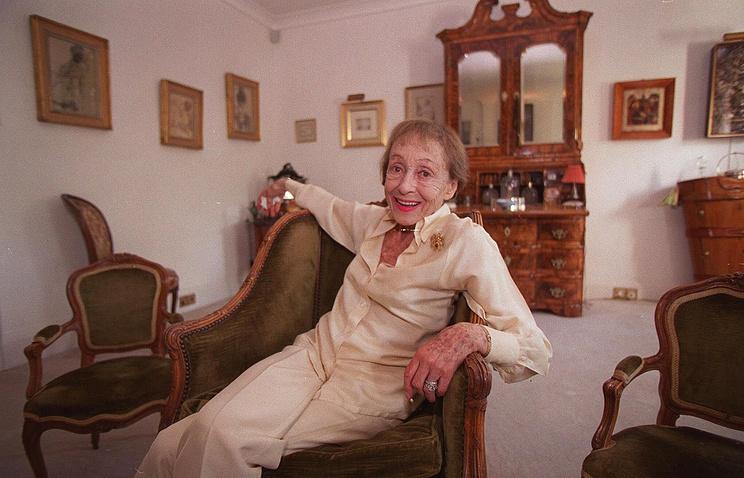 Луиза Райнер, 1999 год